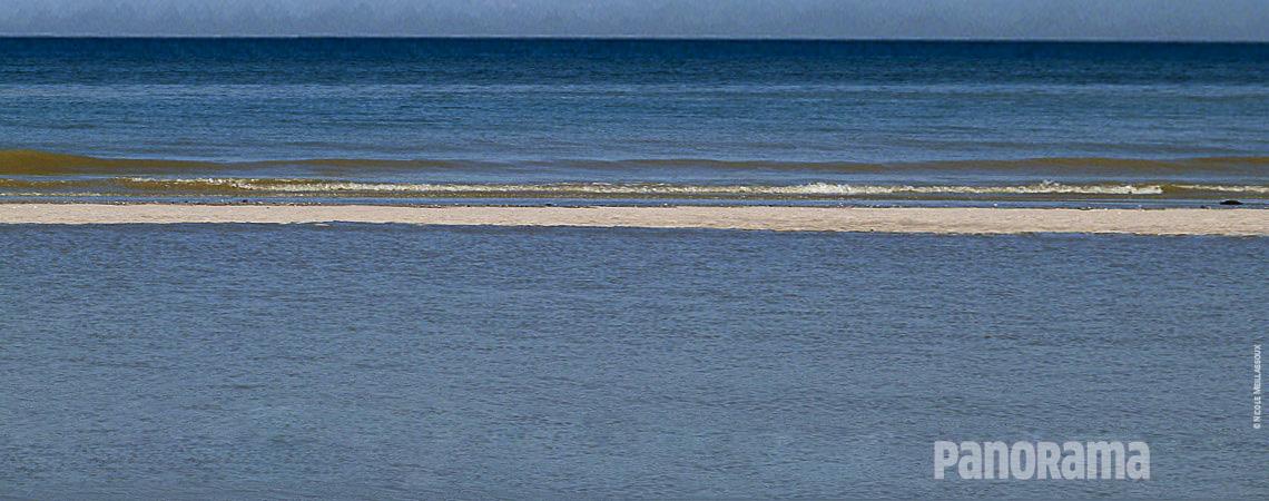 C'est Toi qui as  créé la terre, Tu as fixé ses limites à la mer,